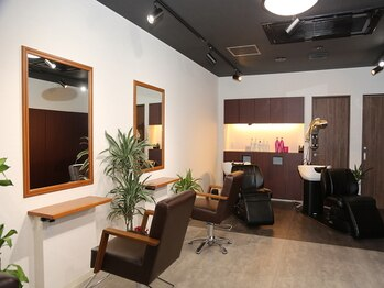 """ヘアサロンハーフ(Hair Salon half)の写真/似合わせを重視した巧みな技術が""""イメージを変えたい""""あなたを叶えるショートスタイルを提案。"""