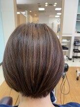 ヘアメイク トゥエンティワン エミオ狭山市店(HAIR MAKE Twenty One)【大人可愛い30代・40代・50代◎】ショートスタイル