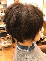 テトラ ヘアー(TETRA hair)ふんわりショート