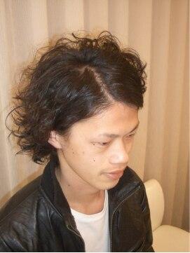 ヘアーリメイク マイ(hair remake Mai)荒っぽさが際立つワイルド系ハードパーマ