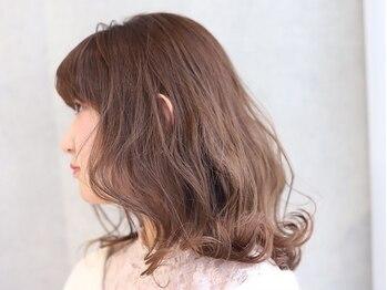 アドミラル ベー ヘアーデザイン(Admiral b Hair design)の写真/【22時以降予約対応◎南堀江/心斎橋/難波】トレンドに合せて提案!ハイライト,Wカラーで立体感,透明感を◎