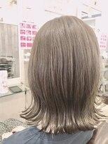 リリー ヘアーデザイン(Lilly hair design)【勝田台Lilly昼間】切りっぱなしロブ☆