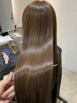 レガシーヘアーデザイン(Legacy hair design)の写真/驚異のダメージ修復力◎ノーベル賞受賞成分「フラーレン」配合。[TOKIOシステムトリートメント]をご用意!