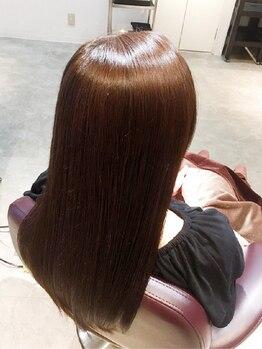 ヘアーリゾート ファースト HAIR RESORT Firstの写真/タンパク質・コラーゲン・ヒアルロン酸など50種類以上の美容成分を浸透させる新時代の美髪エイジングケア!