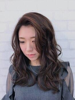 ヒクウテイ(HIKUTE hair&make)の写真/季節に合わせた貴方だけのデザインを!ファッションに合わせてカラーチェンジしませんか?
