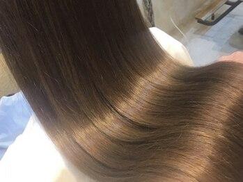 シェノン 梅田(CHAINON)の写真/【口コミ注目!】髪質を改善♪「TOKIOトリートメント」「ホリスティック」でダメージレスな美髪に♪