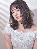 キアラ(Kchiara)大人かわいい黒髪セミディ