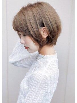 アグ ヘアー リル 志木店(Agu hair lilou)【Agu hair】小顔可愛い大人ショート ショートボブ☆グレージュ
