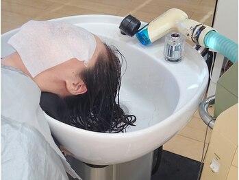 ヘアクリエイト ギブ(hair create Give)の写真/【話題の最新トリートメント導入】髪を内部から補修して枝毛切れ毛を軽減!強くしなやかでツヤある美髪に♪