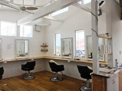 ブルース ヘアー デザイン サロン(BLUES Hair Design Salon)の写真