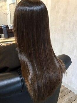 ジゲン ヘアーリゾート(ZIGEN hair resort)の写真/ヘアポテンシャルを最大限引き出す低ダメージストレートで仕上がり自由自在!今までにない質感をご体感♪