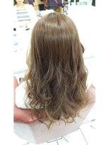 ヘアーアンドメイク ポッシュ 根岸店(HAIR&MAKE POSH)ベージュハイライトグラデーション