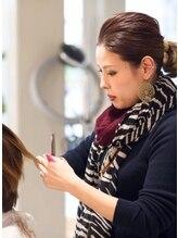 バズ ヘアーメイク(buzz Hair make)AKEMI