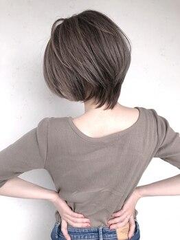 ヘアースタジオゼン アドバンス(hair studio Zen advance)の写真/【23時迄営業】ボリュームやシルエットを整えていくようなカットで美人魅せ♪どこから見ても美しいStyleへ