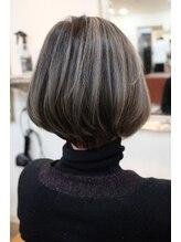 リタへアーズ(RITA Hairs)[RITAHairs]白髪を隠しコントラストの強いハイライトカラー