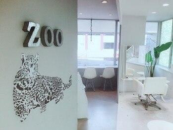 ヘアサロン ズー(Hair Salon Zoo)の写真/【各線梅田駅/東梅田駅徒歩3分】4席のみのプライベート空間★白を基調とした落ち着いた店内です♪