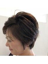 美容室 コーラルふんわりショートヘア