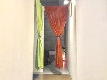 ROCAReTAの『秘密の個室』で極上のケア―。