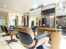 バランスセントラル(balance CENTRAL)の雰囲気(椅子やセット面など全て一流の物を取りそろえております。)