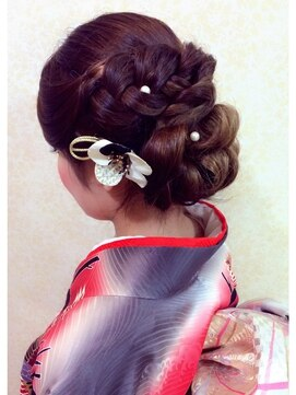 振袖髪型(成人式&結婚式) イチコ ichiko編み込みコロネ風アップ