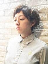 ハマユミバ(HAMAYUMIBA beauty salon)頭の形を良く見せる!耳掛けショート