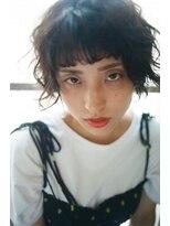 マウロア(MAULOA)【Mauloa】重め前髪で大人キュート 夏ショート ラフウェーブ黒髪