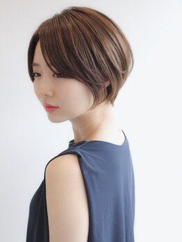 ヘアサロン マゼラン 新宿(Magellan)の写真/全メニューにオーガニック使用&エイジングケアを目的とした技術で頭皮も髪も健やかに。