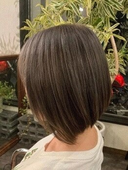 サロングロー(salonGLOW)の写真/【ショートヘアをもっと楽しんで欲しい!】扱いやすい、似合わせショートで小顔スタイルに☆