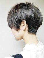 【ショート/フェザーショート、黒髪スタイル】tomo