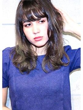 ヘアサロン ガリカ 表参道(hair salon Gallica)☆ ラフ & マットグラデーションな パリジェンヌ風ミディアム ☆