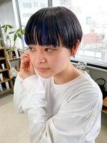 テトヘアー(teto hair)マッシュショート、インナーカラー、ブルー、ワイドバング