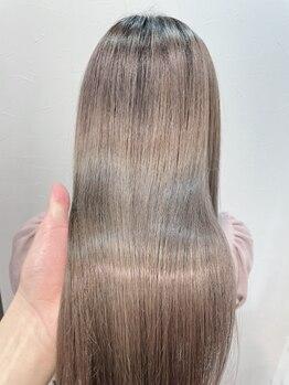 オーシャン(OCEANS)の写真/《髪質改善サブリミック》のリピーター続出!クセを抑えてまとまる美髪に♪大人気のAujuaもご用意☆