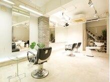 グランディール(Grandir)の雰囲気(開放感のある広い店内空間で消毒、換気。ぜひ一度越し下さい☆)