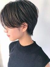 ジジ 代々木(Gigi)[Gigi代々木ハリ]後頭部の絶壁解消360度美シルエットショート