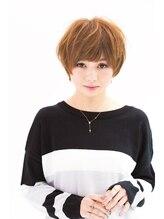 ヘアーアンドメイク リコ(hair and make LIKO)軽さのある小顔ショートヘア!