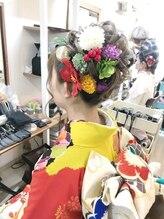ロカット サロン(Roquat Salon)成人式振り袖着付けとアップ【ヘアアレンジ 立川/立川南口】