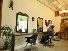 ワンピースヘアースタジオ(One Piece hair studio)