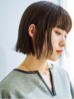 アテナ 六本松店(ATENA)の写真/白髪は、暗く染めてかくすのではなく,なじませてデザインや色,明るさを楽しむ時代♪話題のカラー剤Kp+導入!