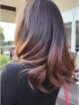 エリカ(hair salon elica)の写真/【カット+カラー¥6480(ロング料金有)】外国人風/ハイ&ローライト/ブリーチ/立体的なカラーリングもお任せ♪