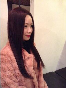 サロンドソア(Salon de soA)の写真/大人女性にオススメサロン♪上品な艶感と暗すぎない発色に大満足!カラー後のパサつきもしっかりフォロー◎