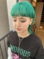 ジーナ(XENA)エメラルドグリーン×マッシュウルフ