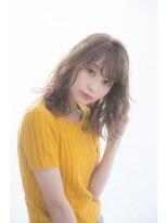 ガーデントウキョウ(GARDEN Tokyo)小顔斜めバング&厚めバングのマーメイドアッシュハニーヘア