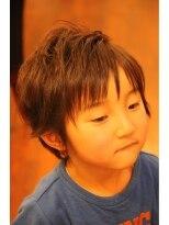 キッズの仮面ライダーの役者っぽいスタイル画像
