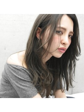 フェス カットアンドカラーズ(FESS cut&colors)ブリーチしてから濃いめのアッシュグレー【福岡美容室FESS】