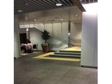 ヴァンカウンシル 札幌本店(VAN COUNCIL)の雰囲気(チカホ「敷島ガーデン」横階段から直結。(5番出口近く))