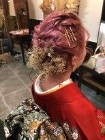 ロダ ヘアー(RODA hair)ショートでアップ風セット