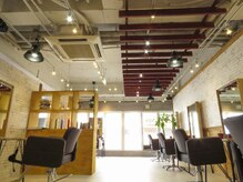 アグ ヘアー ルパノ いわき店(Agu hair rpano)の雰囲気(ゆったり寛げる空間。家にいるようにRelax )