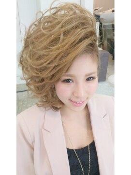 盛り髪・スジ盛り キュートふわガール