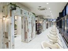 アース 小山店(HAIR&MAKE EARTH)の雰囲気(デザイン性に優れた店内です☆【EARTH小山】)