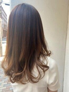 マキシムジェントルハート店の写真/【血行促進・自律神経の整え】日頃の疲れを癒しながら、健康な髪と頭皮を手に入れて◎